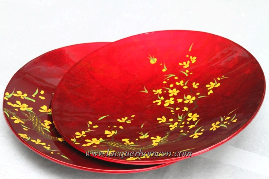 Lacquer decor dish with painting for gifts