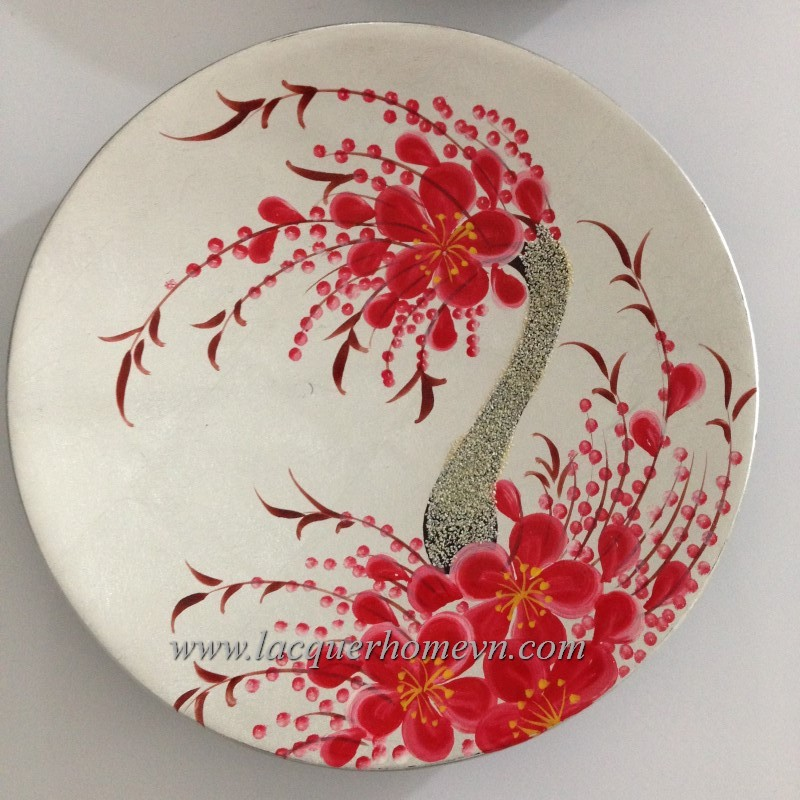 Lacquer decor dish with hand painting