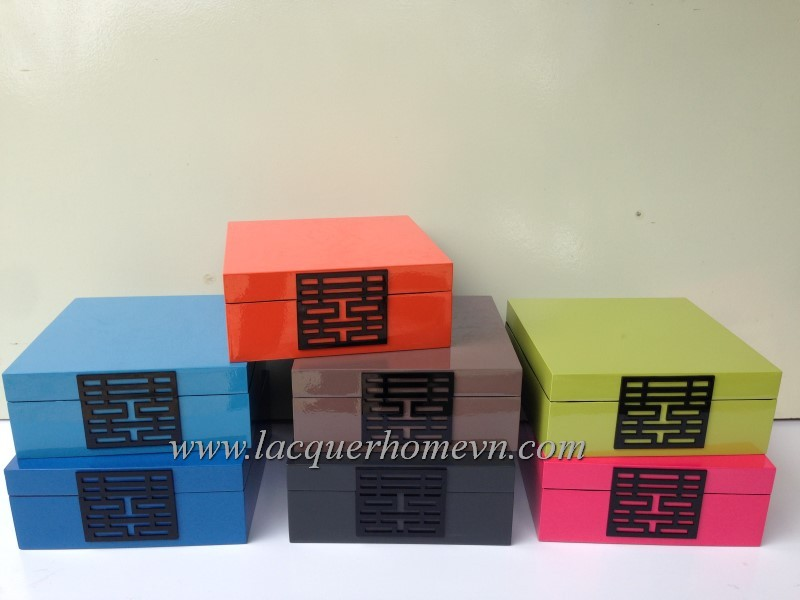 Double happiness lacquer box